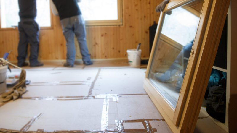 6 Questions to Ask Before Signing with a Replacement Window Contractor